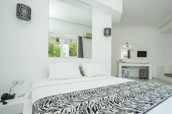 Casa Blanca-Double Rooms